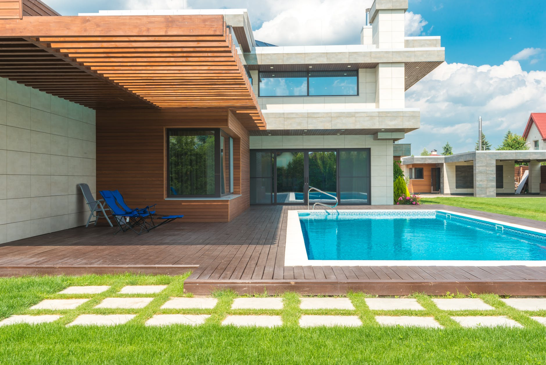 """Featured image for """"Swimming Pool Builders Victoria: How to choose the best one?"""""""