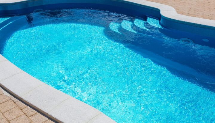 When to replace your in-ground pool liner